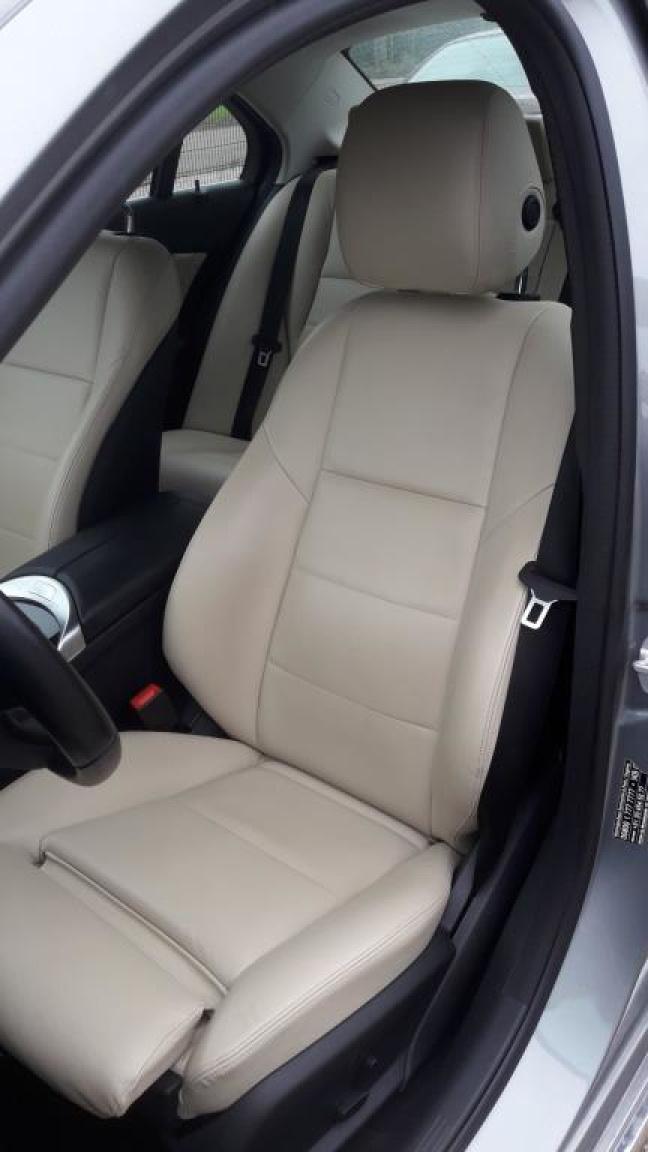 Mercedes-Benz-C-Klasse-10