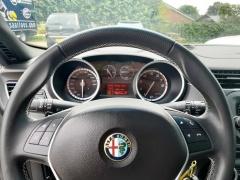 Alfa Romeo-Giulietta-11